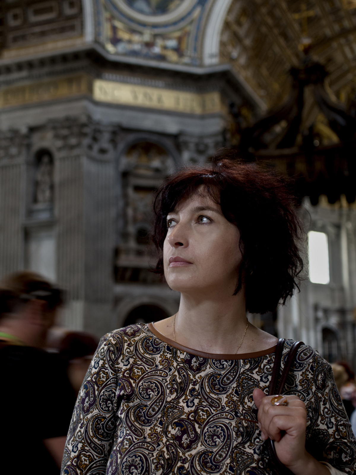 Olena in the Church of St. Peter. Vatican. 2015.